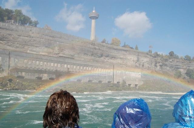 虹とタワー