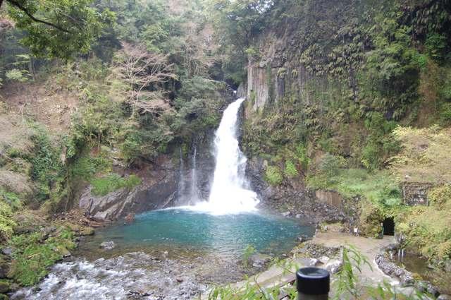 大滝(おおだる)の滝壺