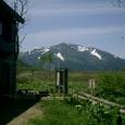 竜宮の小屋から至仏山