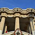 テラスの上は中央広場=ギリシャ劇場