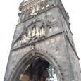 カレル橋門の塔