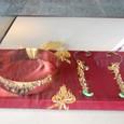 皇后の冠とイヤリング