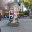 パリのような広告塔