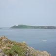 トド島には灯台が