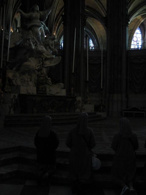 シャルトル大聖堂 祈り