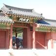 宣政門 国王が執務する宣政殿の門