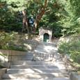 裏庭への門