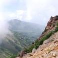 西天狗山頂のガレ場