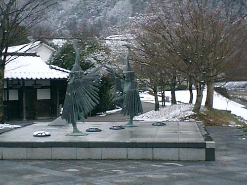 鷺の舞い 銅像