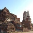 巨大な仏塔であった事が判る
