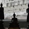 タイでは自分が生まれた月の仏を参る