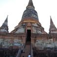 大仏塔の階段を登り始める