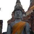 大仏塔に向かって左の仏像