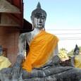 仏像の右手の印に注目
