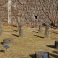 お墓に設置されていた石像物